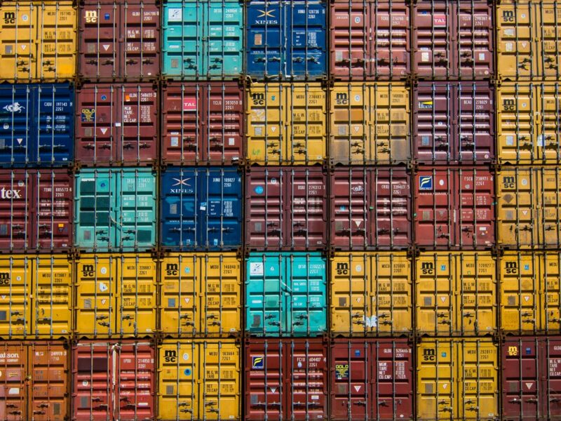 Docker & Containers
